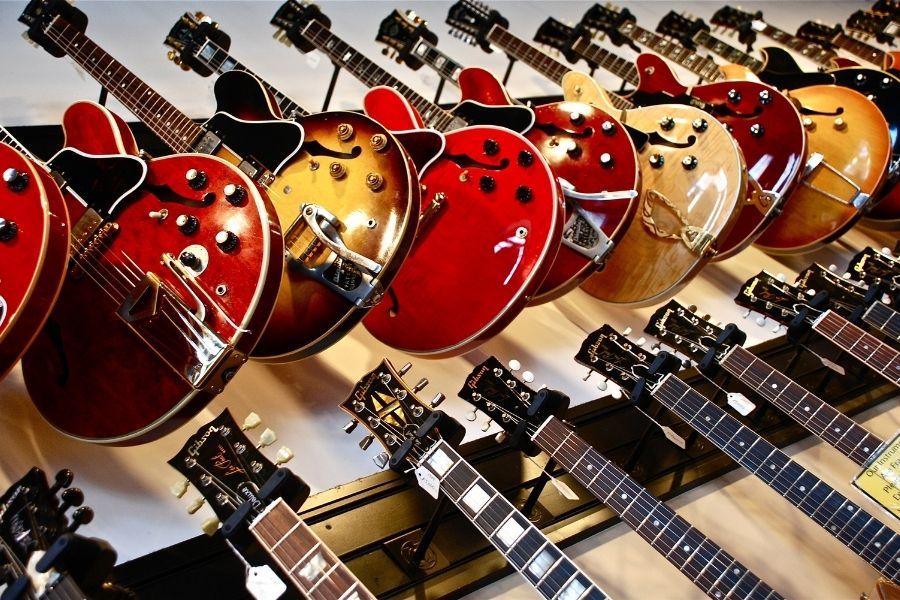 chitara subțire de- a lungul anilor își pierde greutatea acasă